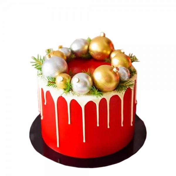 Crvena torta zimske carolije