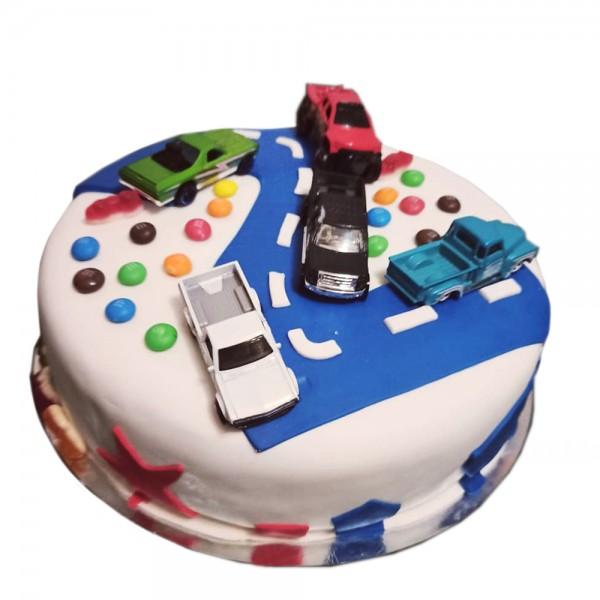 Decija torta sa automobilcicima