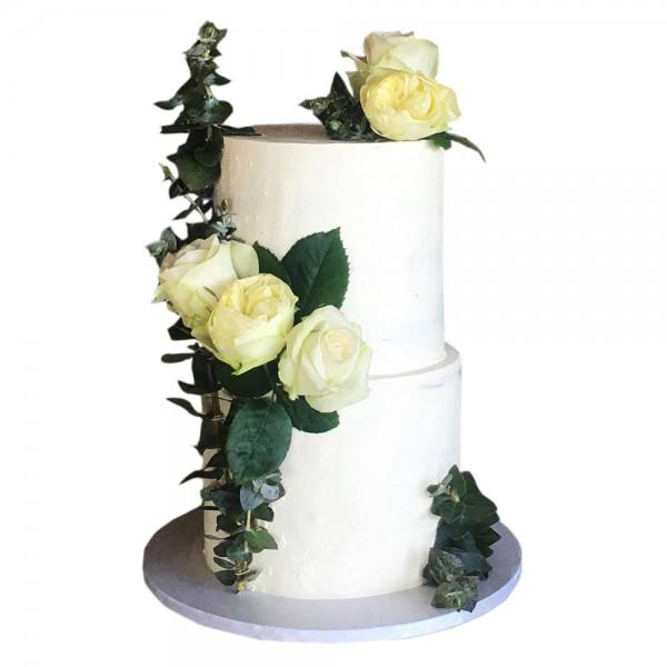 Mladenacka torta na dva nivoa
