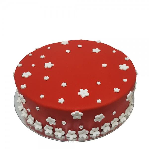 Crvena fondan  torta sa zvezdicama
