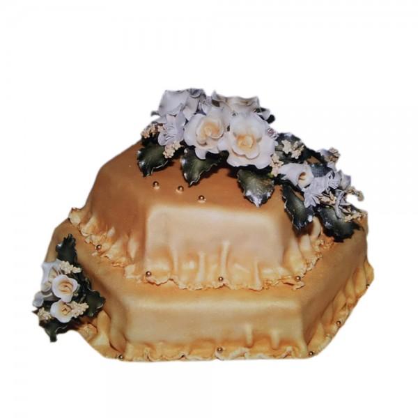 Mladenacka fondan torta staro zlato model 210
