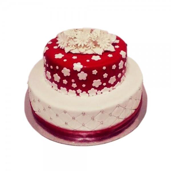Rodjendanska torta za osamnaesti rodjendan za princeze model 127