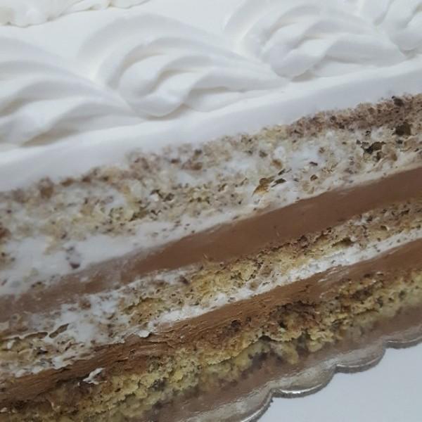 Kornet torta sa slagom